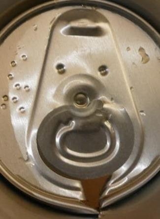 モルツ缶裏側